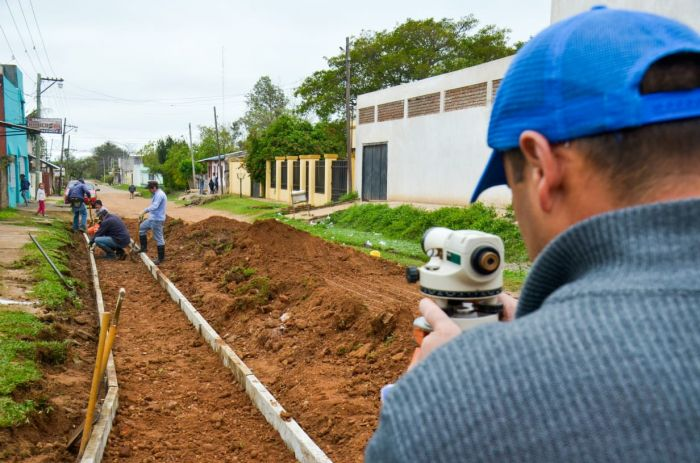 La Comuna libreña avanza con nuevo cordón cuneta sobre calle Uruguay