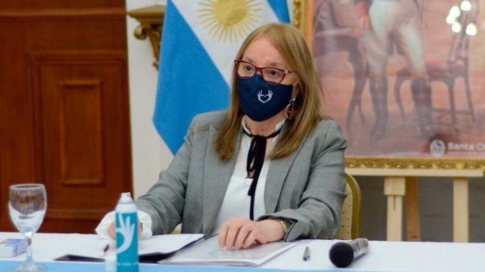 Santa Cruz: Alicia Kirchner le pidió la renuncia a todo su gabinete