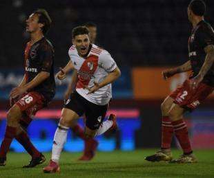 foto: River goleó a Newell´s por la Liga Profesional de Fútbol
