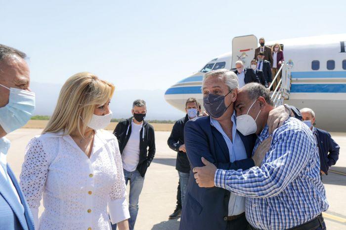 Fernández llegó a La Rioja para reunirse con varios gobernadores