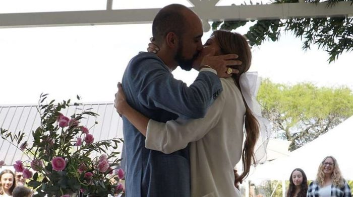 Abel Pintos y Mora Calabrese se casaron en secreto: Mirá las fotos de la boda
