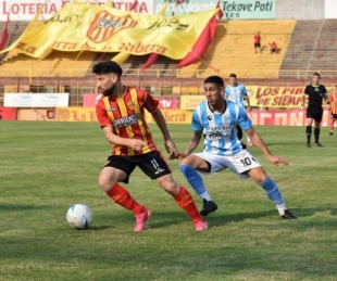 foto: Boca Unidos busca un triunfo en Corrientes ante Juventud Unida