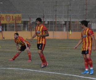 foto: Federal A: Boca Unidos venció por 3-0 de local a Juventud Unida