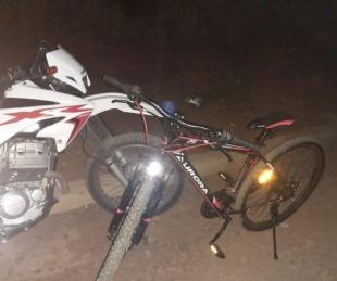 foto: Escapó corriendo por los techos y abandonó una bicicleta robada