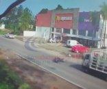 foto: El joven atropellado por un camión está con respiración asistida