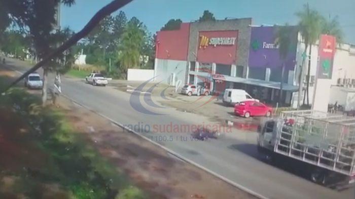 El joven atropellado por un camión está con respiración asistida