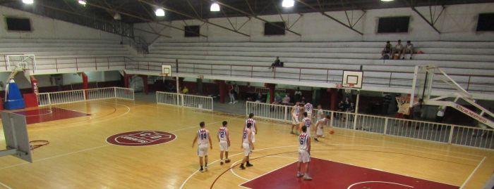 Vuelve el público a los estadios de básquet en Corrientes
