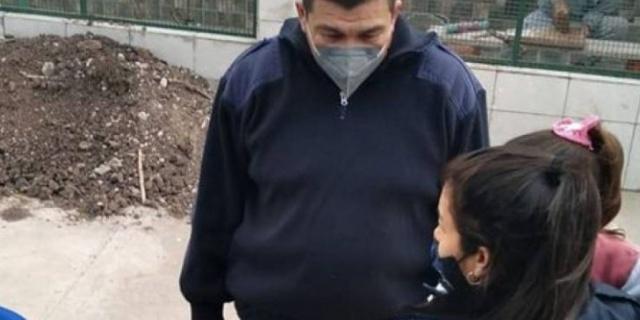 Una mujer se olvidó a su hija de 3 años en un colectivo