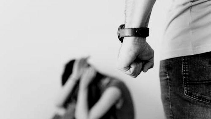 Aprobaron la colocación de cartelería contra la violencia de género