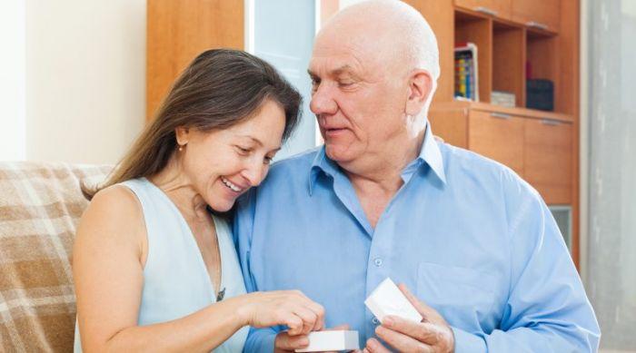 Jubilaciones anticipadas a los 55 años saldría por DNU: las claves