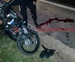 foto: Esquina: motociclista murió tras ser rozado por un camión con acoplado