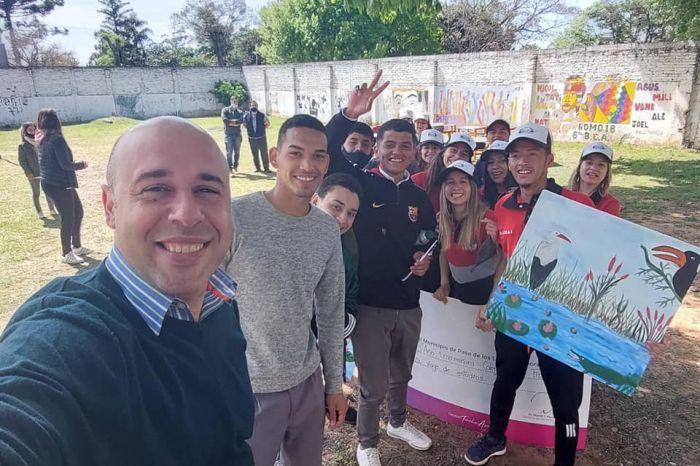 Ascúa anunció aporte para viaje de estudio de alumnos de secundario