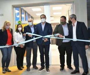 foto: Valdés y el presidente del BanCo inauguraron una red de cajeros