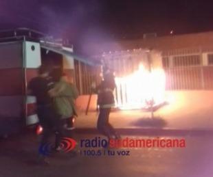 foto: Se incendió un kiosco en pleno centro de la ciudad de Corrientes