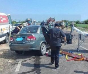foto: Ruta 12: correntina murió tras choque entre un auto y un camión