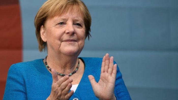 Partidos alemanes se lanzan a formar el primer Gobierno post-Merkel