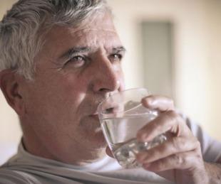 foto: Día Mundial del Corazón: ¿Cómo beber agua ayuda a reducir riesgos?