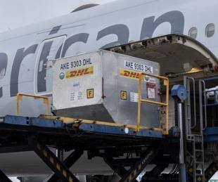 foto: Llega a Corrientes cargamento de 3.510 dosis de la vacuna Pfizer