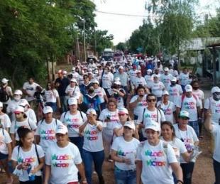 Multitudinaria caminata con Víctor Cemborain y Pablo Romero