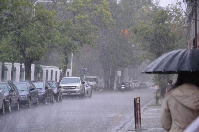 Alerta Amarilla en cinco provincias por fuertes lluvias y tormentas