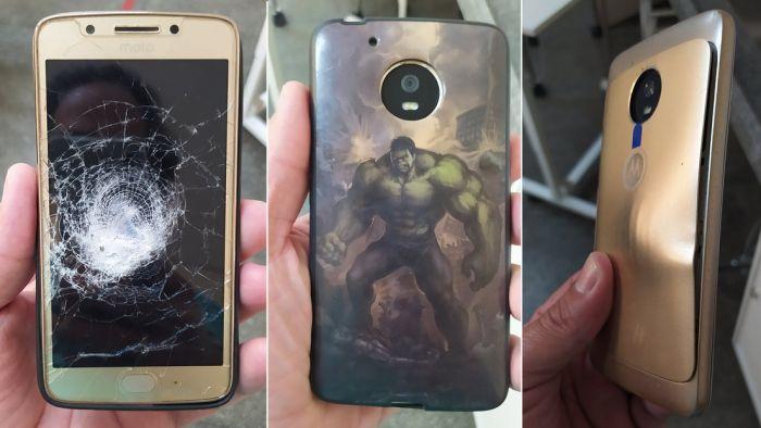 La funda de Hulk de su celular lo salvó de recibir un balazo