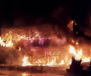 foto: Tragedia en Taiwán: 46 muertos al incendiarse un edificio