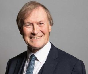 foto: El diputado británico David Amess fue asesinado a puñaladas en un acto