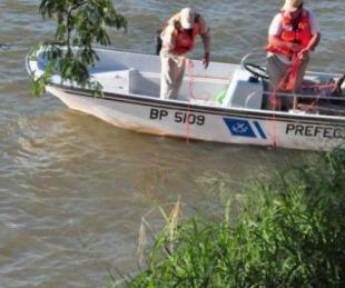 foto: Un hombre desapareció en el río al darse vuelta una embarcación