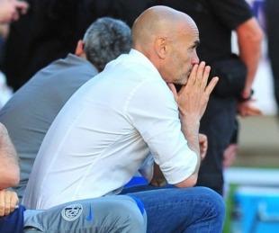 foto: Paolo Montero dejó San Lorenzo tras la dura derrota como local