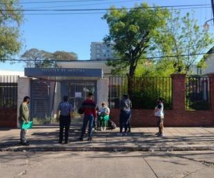 foto: Reasignaron turnos de vacunación en la Facultad de Medicina